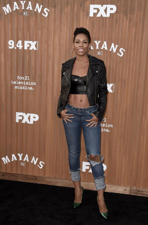 ANGELA LEWIS at Mayans M.C. Premiere in Hollywood 2018/08/28 1