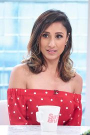 Anita Rani at Sunday Brunch Show in London 2018/08/12 7