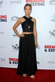 Anne Harrison at Breaking and Exiting Premiere in Los Angeles 2018/08/15 4