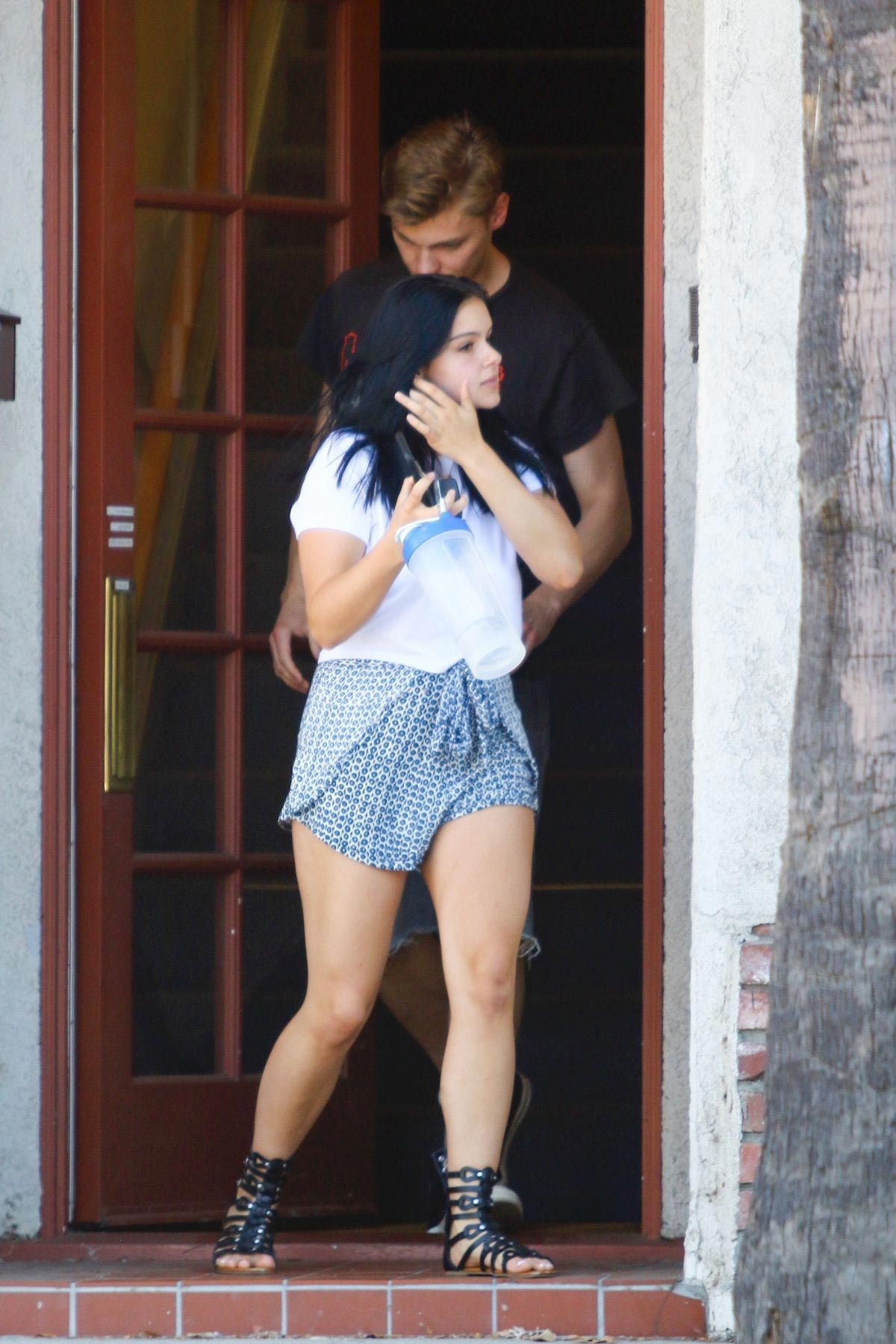 Ariel winter out in studio city 8 new images