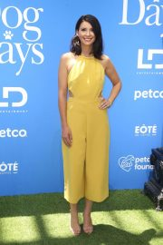 Beth Dover at Dog Days Premiere in Century City 2018/08/05 11