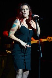 Beth Hart Performs at Broward Center in Fort Lauderdale 2018/08/11 2