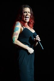 Beth Hart Performs at Broward Center in Fort Lauderdale 2018/08/11 8