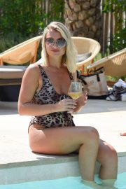 Billie Faiers and Sam Faiers and Ferne McCann in Swimsuits at a Beach in Ibiza 2018/08/23 3