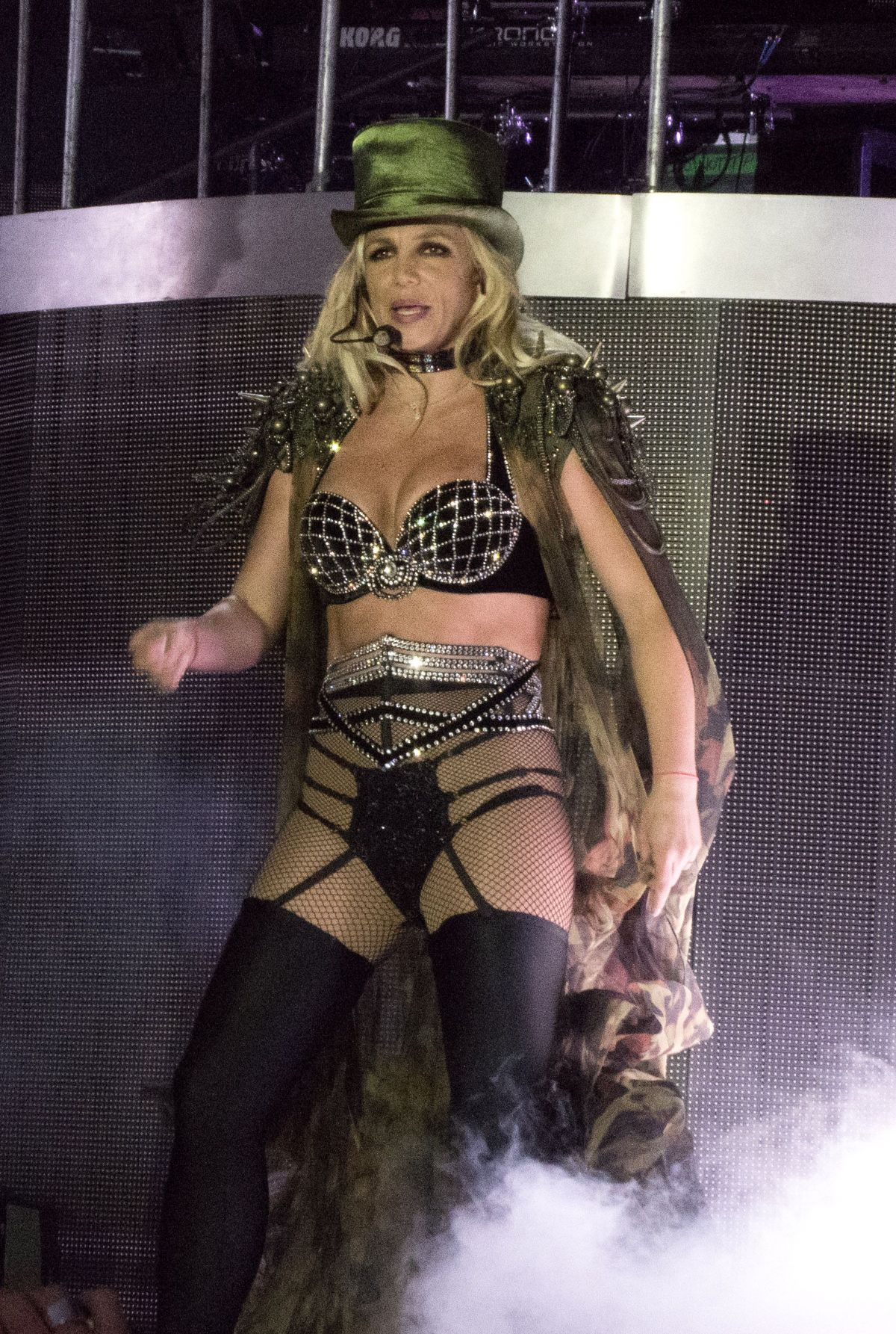 Britney Spears Opens Her European Tour at Brighton Pride 2018/08/04 1