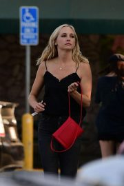 Candice King Out Shopping in Los Angeles 2018/08/26 1