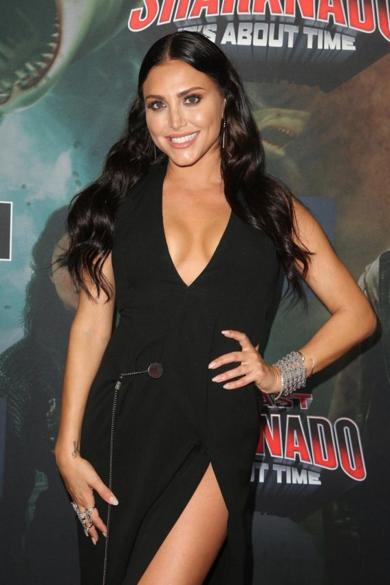 Cassie Scerbo at The Last Sharknado: It's About Time Premiere in Los Angeles 2018/08/19 1