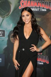 Cassie Scerbo at The Last Sharknado: It's About Time Premiere in Los Angeles 2018/08/19 3