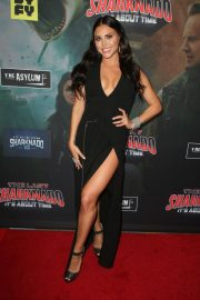 Cassie Scerbo at The Last Sharknado: It's About Time Premiere in Los Angeles 2018/08/19 5