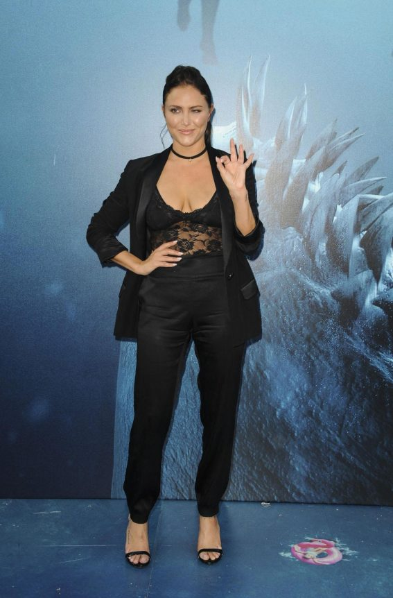Cassie Scerbo at The Meg Premiere in Hollywood 2018/08/06 1