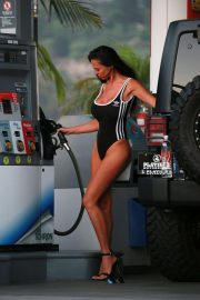 Charlie Riina for 136 Water at a Gas Station in Malibu 2018/08/14 6