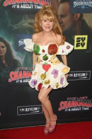 Charo at The Last Sharknado: It's About Time Premiere in Los Angeles 2018/08/19 3