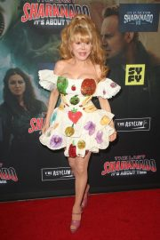 Charo at The Last Sharknado: It's About Time Premiere in Los Angeles 2018/08/19 9