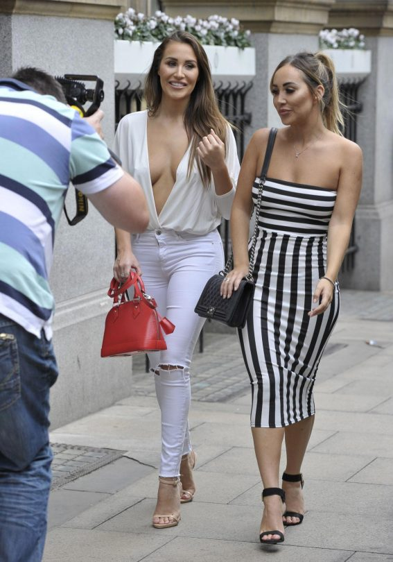 Chloe and Lauryn Goodman at Rosso Restaurant in Manchester 2018/08/13 1