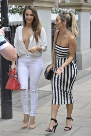 Chloe and Lauryn Goodman at Rosso Restaurant in Manchester 2018/08/13 13