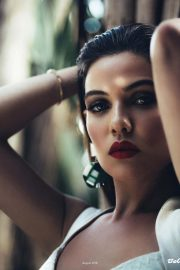 Danielle Campbell in Bello Magazine, August 2018 Issue 17