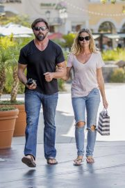 Denise Richards and Aaron Phypers Out in Calabasas 2018/08/14 6