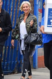 Denise van Outen Out and About in London 2018/08/15 3