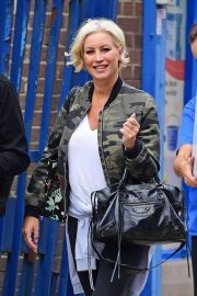 Denise van Outen Out and About in London 2018/08/15 4
