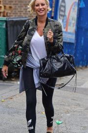 Denise van Outen Out and About in London 2018/08/15 7