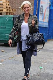 Denise van Outen Out and About in London 2018/08/15 8