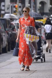 Dianna Agron Out and About in New York 2018/08/14 5