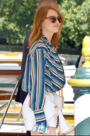 Emma Stone Arrives at Hotel Excelsior in Venice 2018/08/29 5