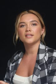Florence Pugh at The Little Drummer Girl Press Conference in Los Angeles 2018/08/01 3
