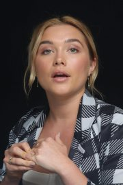 Florence Pugh at The Little Drummer Girl Press Conference in Los Angeles 2018/08/01 5