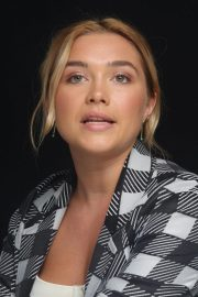 Florence Pugh at The Little Drummer Girl Press Conference in Los Angeles 2018/08/01 7