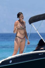 Garbine Muguruza in Bikini at a Boat in Ibiza 2018/08/08 1