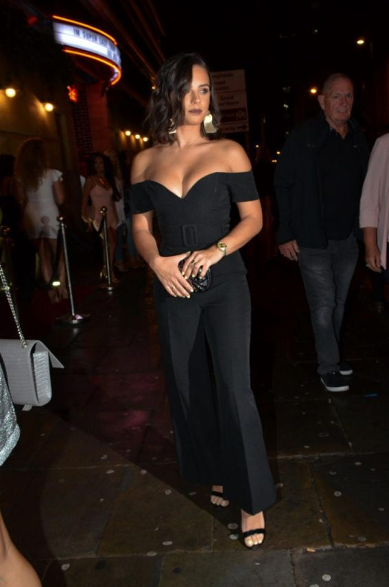 Georgia May Foote Arrives at Thomas Twins 30th Birthday Party in Manchester 2018/08/11 1