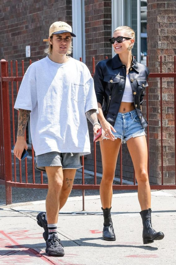 Hailey Baldwin and Justin Bieber Out in New York 2018/07/28 1
