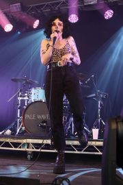 Heather Baron-Gracie Performs at Standon Calling in Hertfordshire 2018/07/28 4
