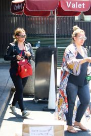 Hilary Duff and Haylie Duff Out for Lunch at Katsuya in Studio City 2018/08/14 2