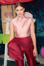 Holland Roden at The Meg Premiere in Hollywood 2018/08/06 9