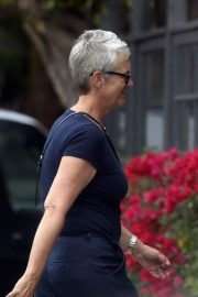 Jamie Lee Curtis Out in Pacific Palisades 2018/07/26 1