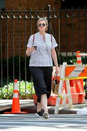 Jane Lynch Out Shopping in New York 2018/08/14 4