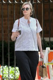 Jane Lynch Out Shopping in New York 2018/08/14 6
