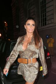 Katie Price at Acapulco Nightclub in Halifax 2018/07/28 8