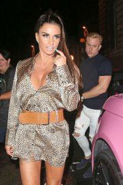Katie Price at Acapulco Nightclub in Halifax 2018/07/28 9