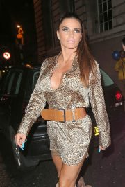 Katie Price at Acapulco Nightclub in Halifax 2018/07/28 13