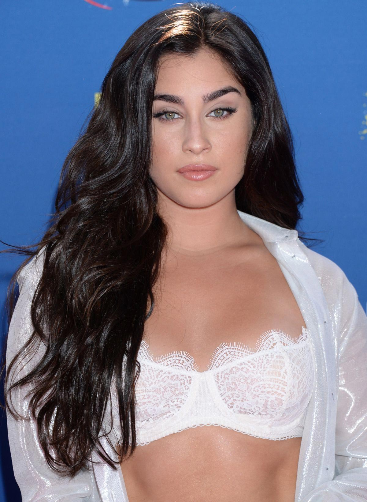 Lauren Jauregui at 2018 Teen Choice Awards in Beverly Hills 2018/08/12 1