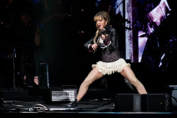Lindsey Stirling Performs at Coral Sky Amphitheatre in Palm Beach 2018/08/18 1