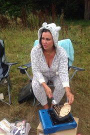 Lisa Appleton Forced to Live in Tree House in Wolverhampton 2018/08/14 2
