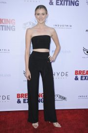 Lisa Chamberlain at Breaking and Exiting Premiere in Los Angeles 2018/08/15 2