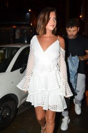 Lucy Mecklenburgh Arrives at Thomas Twins 30th Birthday Party in Manchester 2018/08/11 1