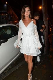 Lucy Mecklenburgh Arrives at Thomas Twins 30th Birthday Party in Manchester 2018/08/11 5