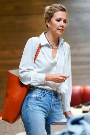 Maggie Gyllenhaal Shopping at Rachel Comey Boutique in New York 2018/08/19 4