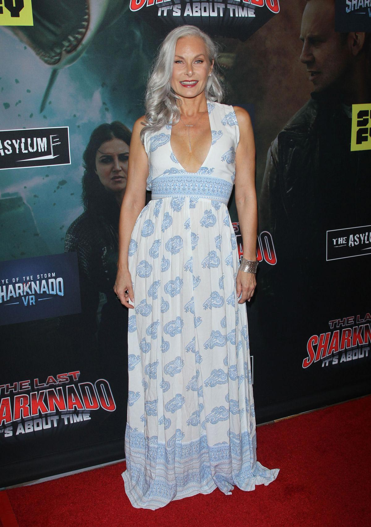 Monique Parent At The Last Sharknado Its About Time Premiere In